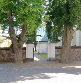 Alla Helgona Kyrka 1200-tal, 1500-tal och 1600-tal